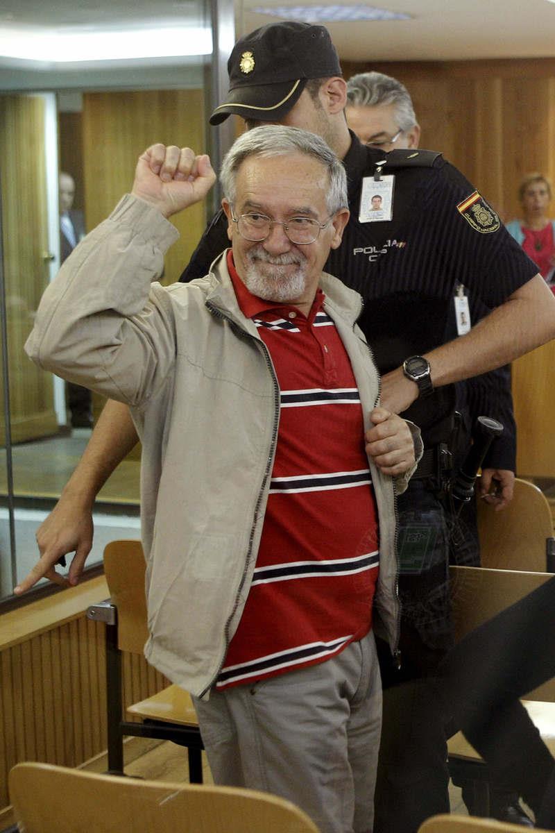 Solidaridad con el Camarada Arenas y los presos políticos - Azarug 271972_241523242637508_85213886_o